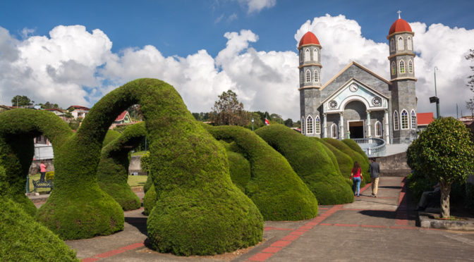 Iglesia Católica de Zarcero, Alajuela, Costa Rica
